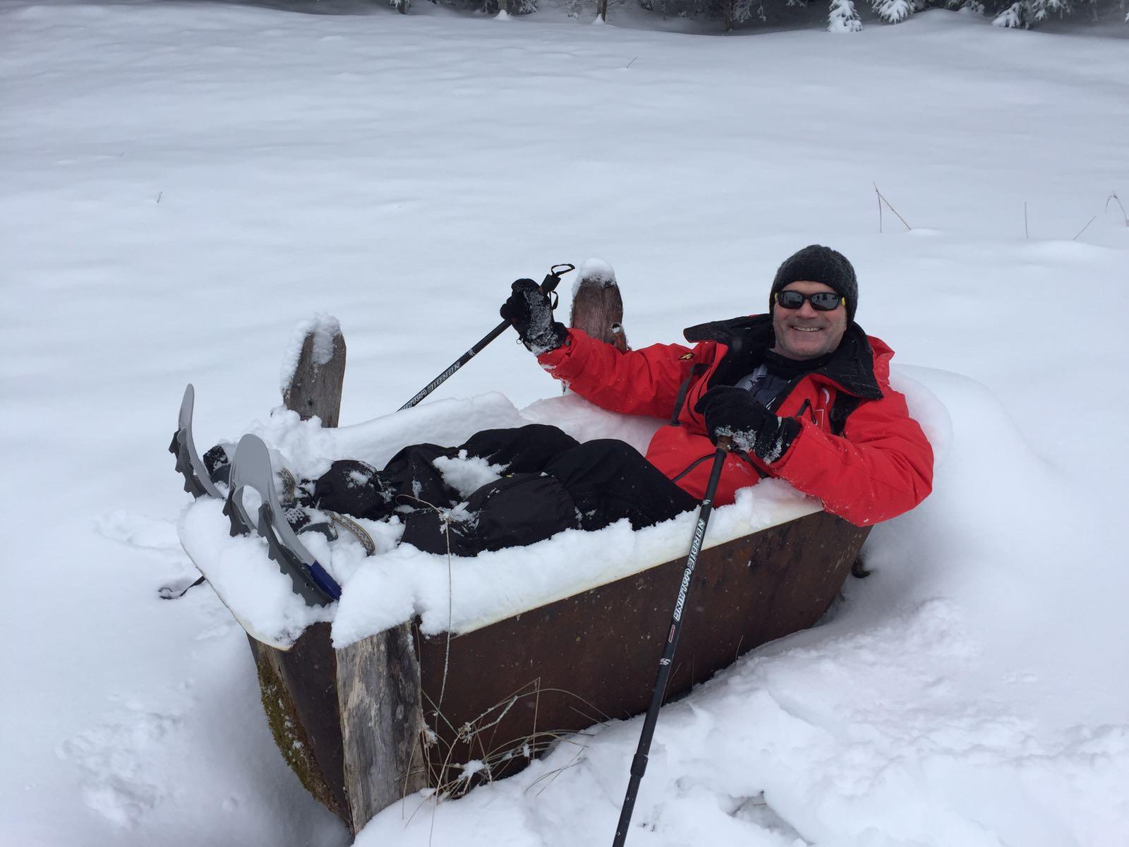 Snowshoeing in the mountains (Sattelegg – Skihuus Ruchweid)